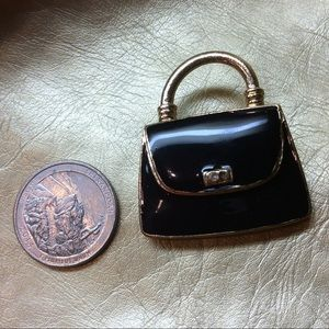 🆕 $3 with any purchase, QEII's Black Purse Brooch